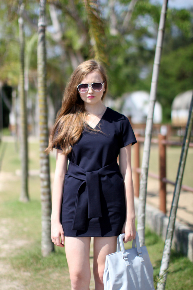 TSW Zalia V-Neck Waist-Tie Dress in Navy Blue