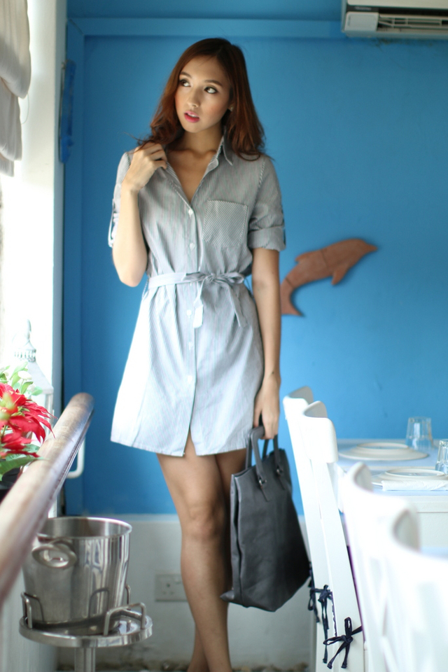 *EXTRAS FROM BO* TSW Courtney Sashed Shirtdress in Grey Stripes (L)