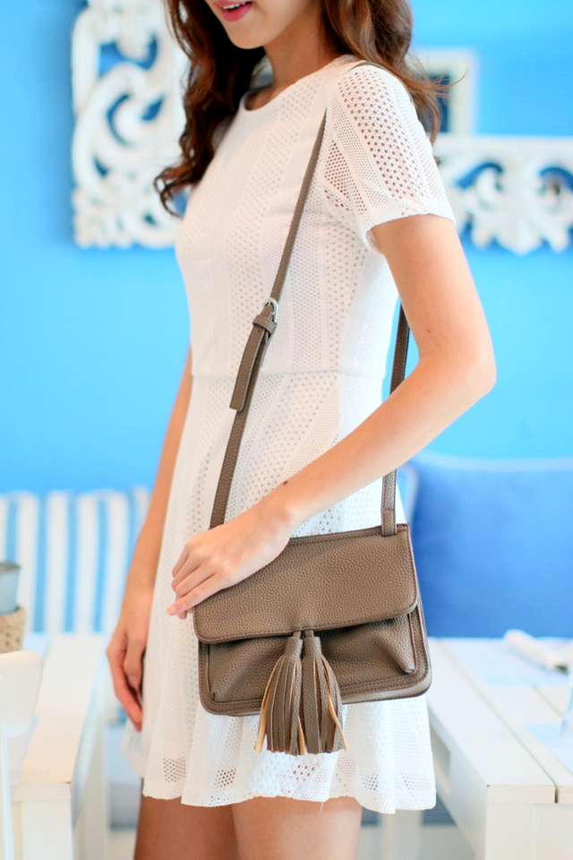 Jaclyn Tassel Crossbody Bag in Brown