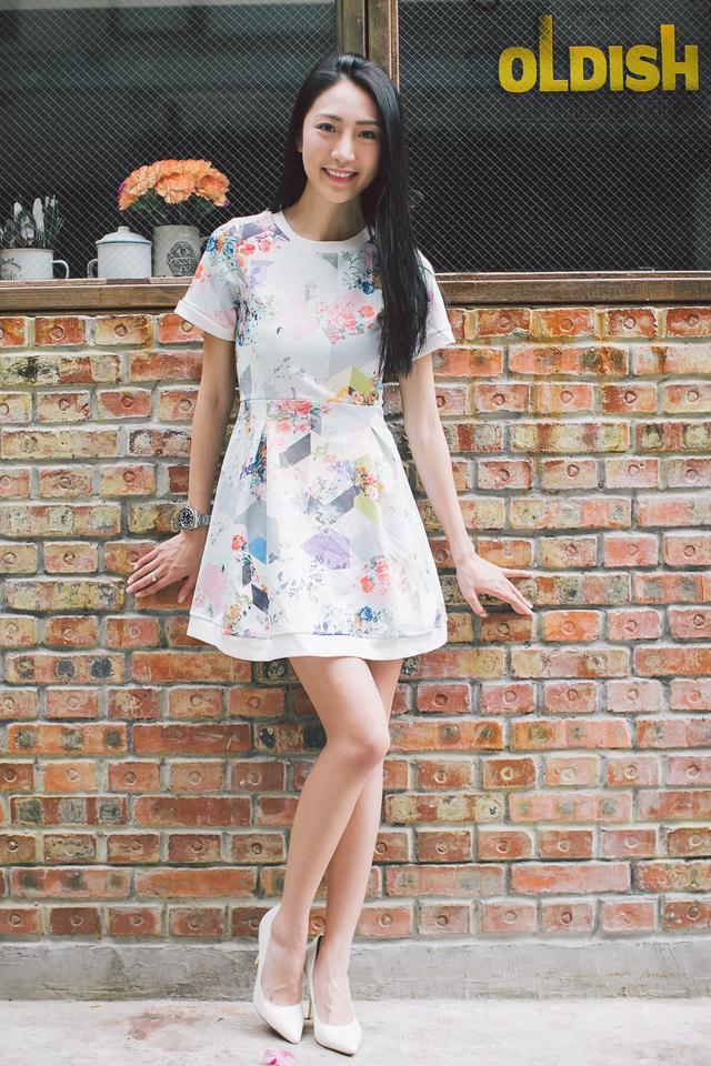 *EXTRAS FROM BO* TSW Bonita Neoprene Sleeve Dress in Geometric Floral