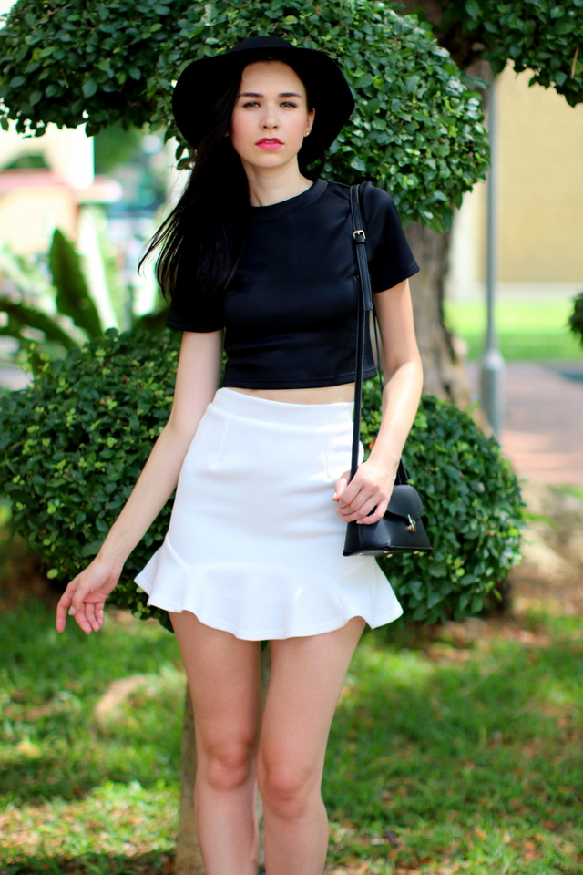 TSW Flaunt It High Neck Crop Top in Black