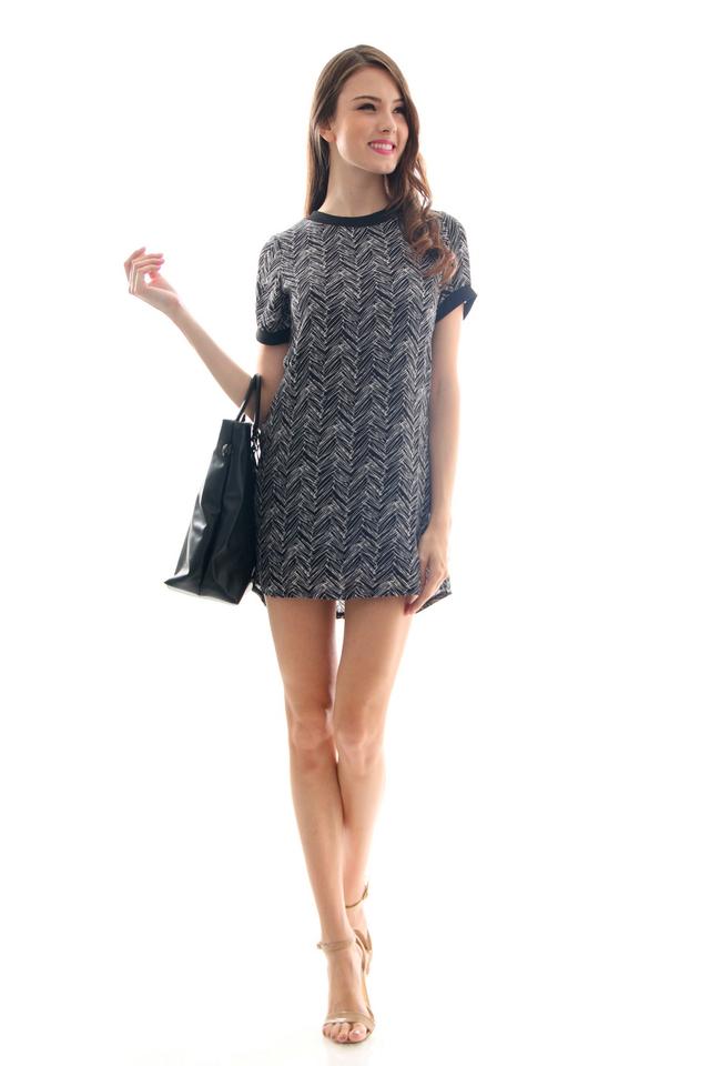 TSW Breezy Contrast Shift Dress in Black