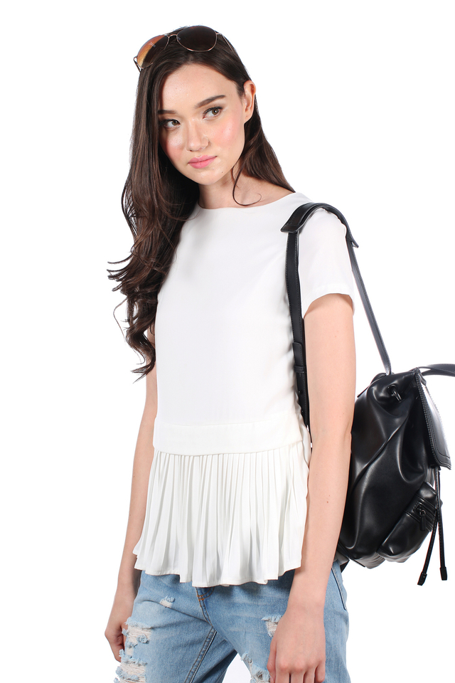TSW Darice Pleated Down Top in White (L)