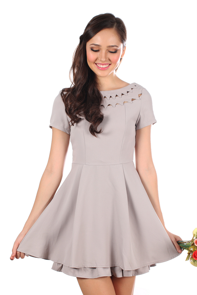 TSW Uptown Cut Out Neckline Dress in Grey (L)