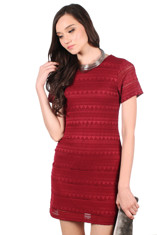 TSW Bella Classic Lace Dress in Wine Red