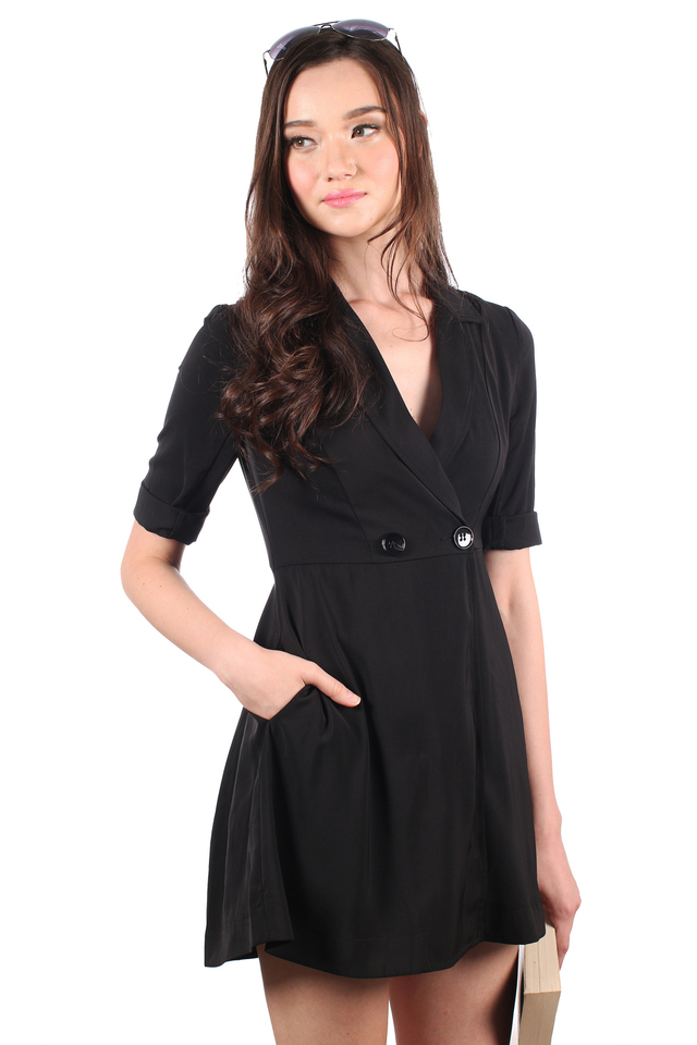 TSW Jovin Tuxedo Trench Dress in Black