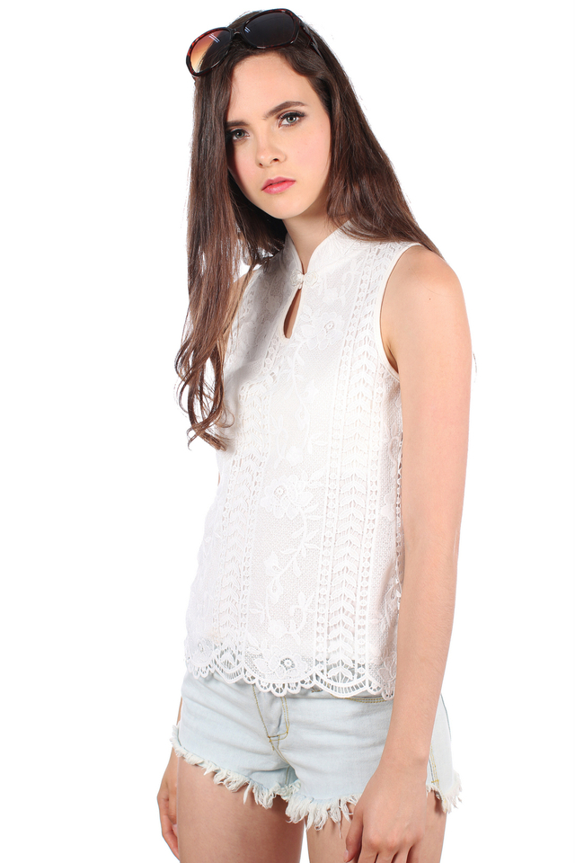 TSW Chantilly Crochet Cheongsam Top in White (L)