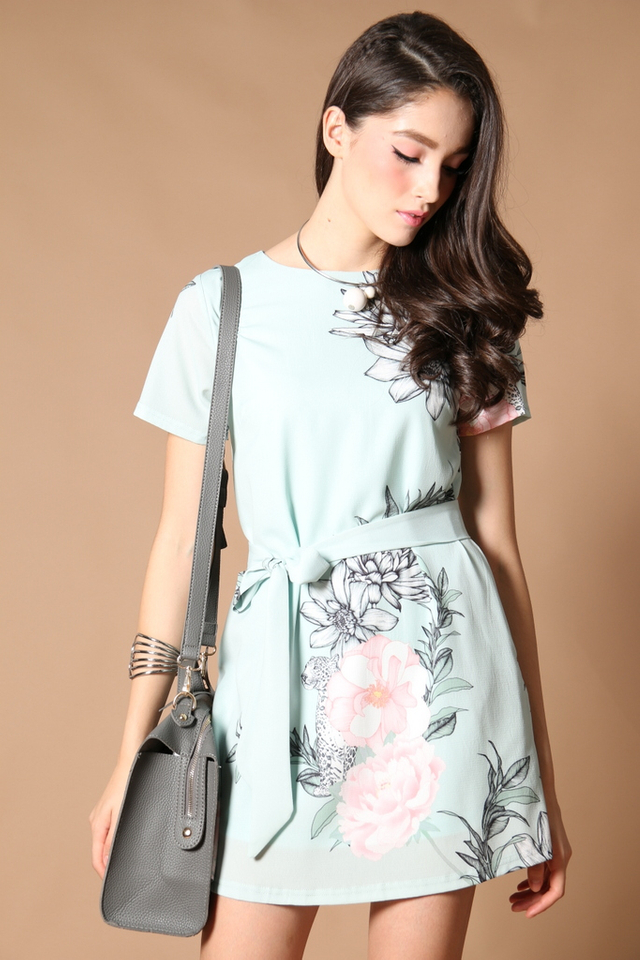 *RESTOCK* TSW Tabitha Tie-Sash Shift Dress in Tiffany