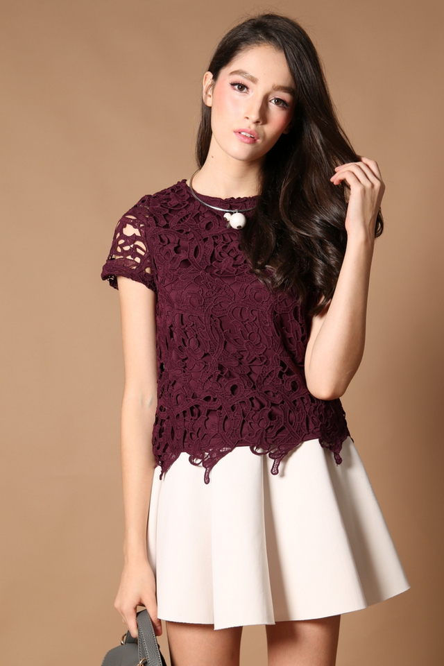 TSW Lilia Crochet Box Top In Prune