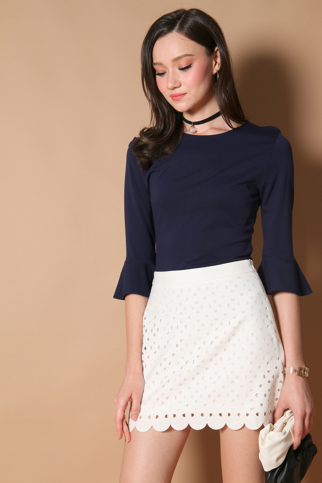 Steph Laser Cut Scallop Skirt in White (XS)