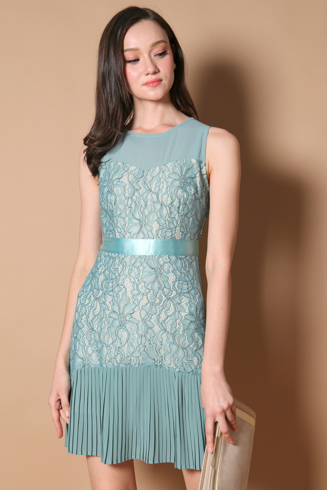 Vanessa Pleated Lace Dress in Seafoam (XS)