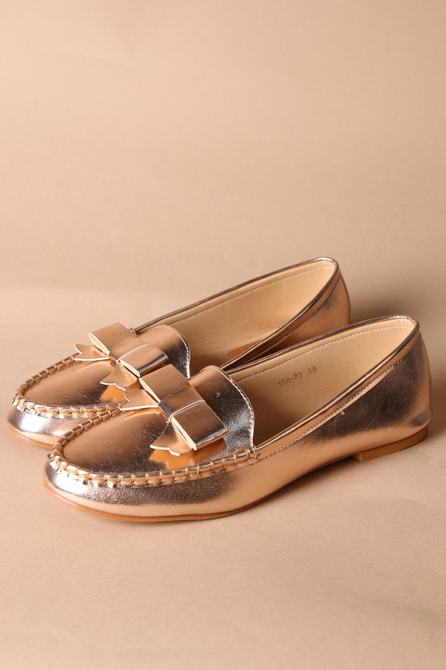 Christy Bow Leather Loafers in Rose Gold