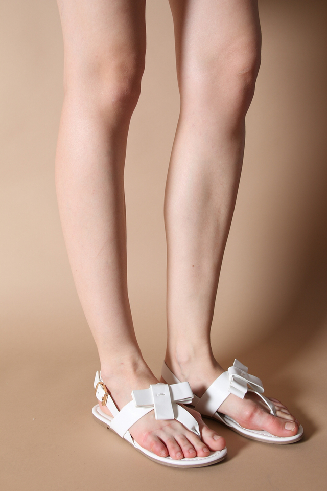 Betty Bow Sandals in White