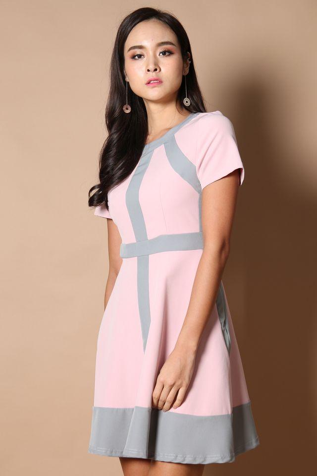 Sweden Colourblock Work Dress in Dusty Pink (XS)
