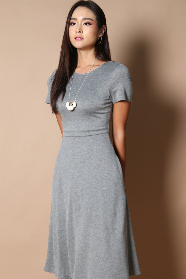 Clover Midi Basic Dress in Grey
