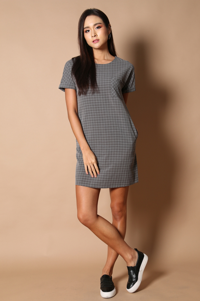 Olin Pocket Shift Dress in Dark Grey (S)