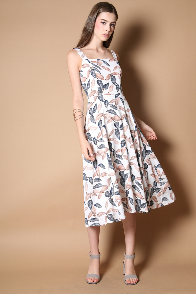 Zoella Leaf Midi Dress in White