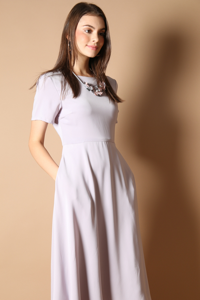 Averi Midi Dress in Grey