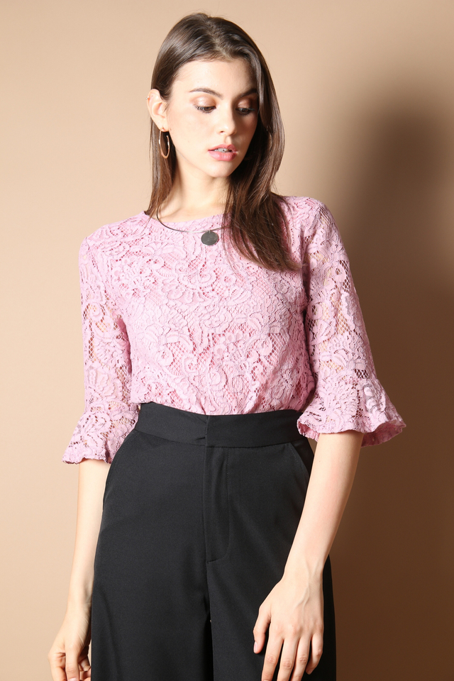 Zaria Lace Bell Sleeve Top in Pink (S)