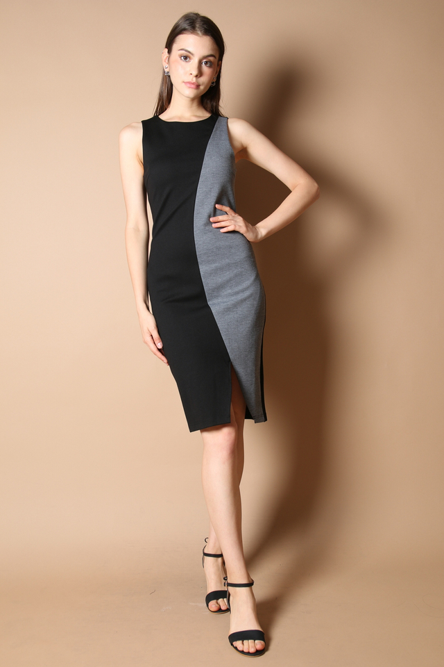 Braelyn Colourblock Midi Dress in Grey