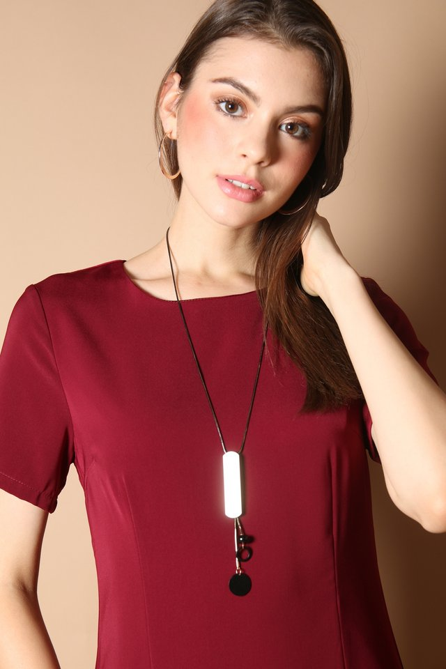 Talina Bar Necklace