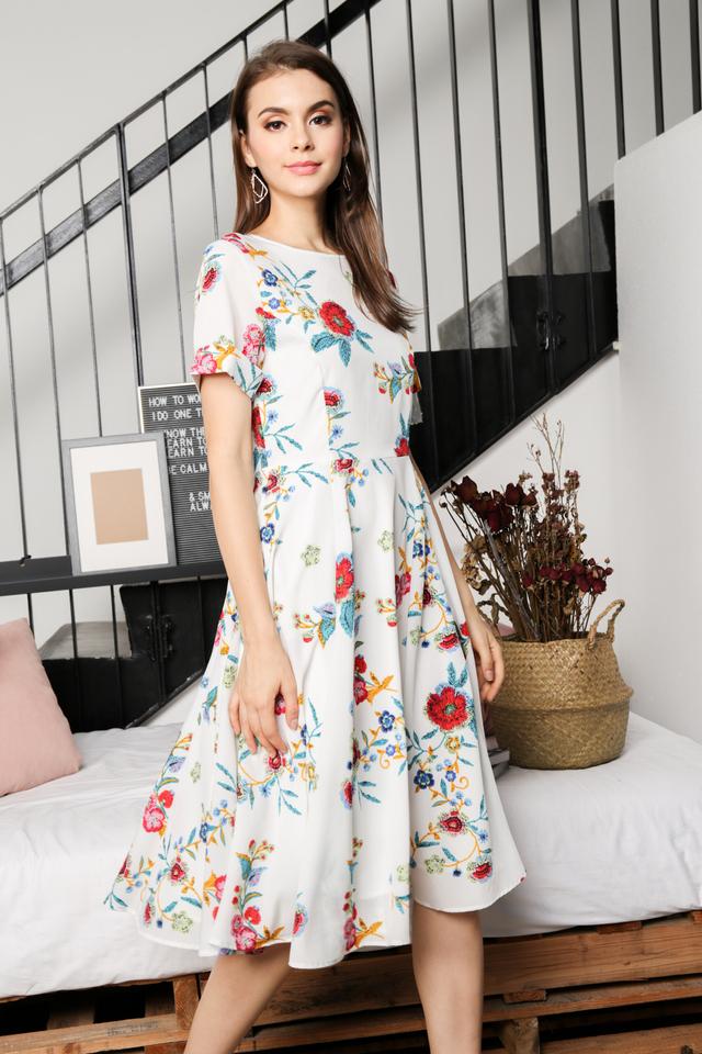 Eva Floral Midi Dress in White