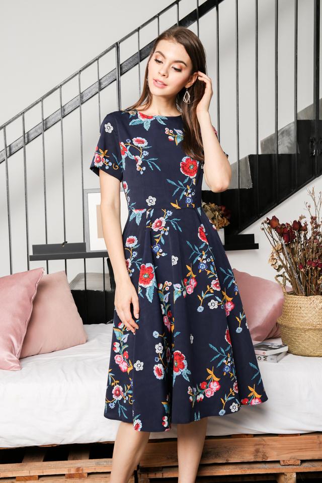 Eva Floral Midi Dress in Navy Blue