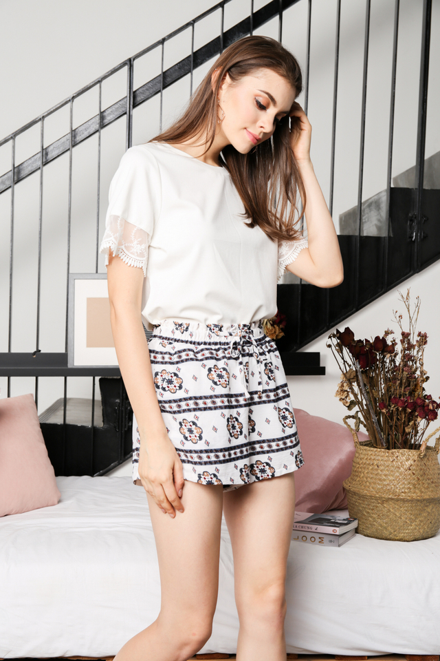 Alyssa Mesh Sleeve Top in White