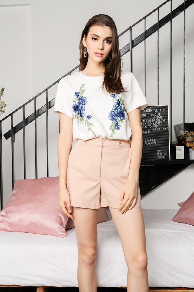 Alessa Floral Patch Tee  in White