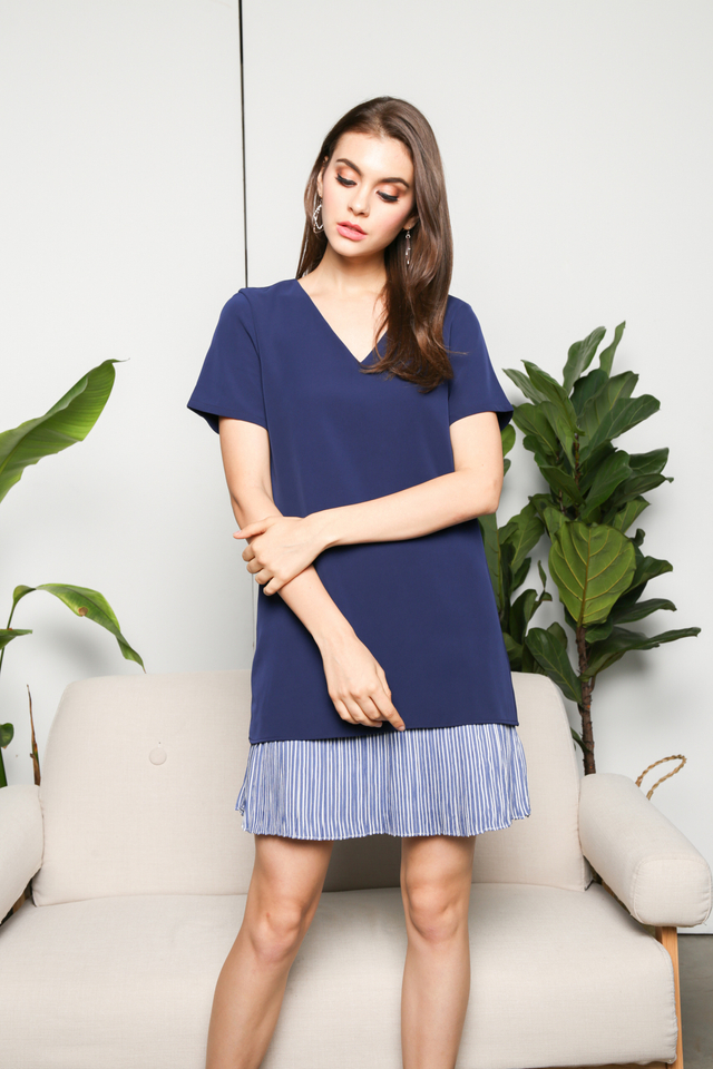 Edlyn Striped Hem Dress in Blue (S)