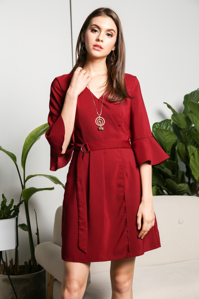 Genette Bell Sleeve Dress in Wine (S)