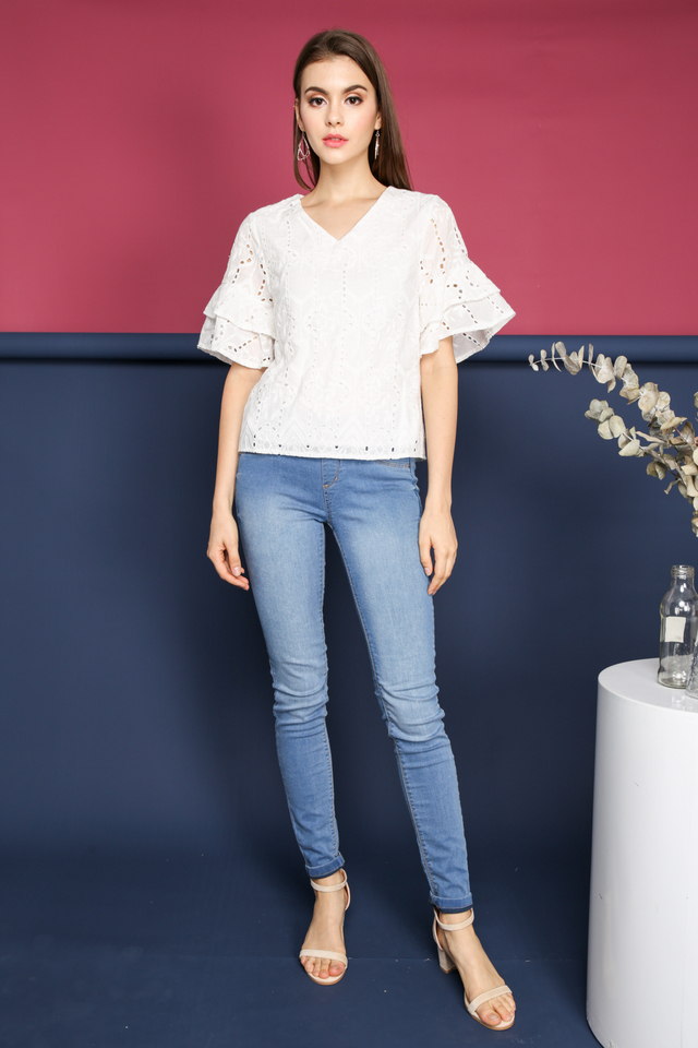 Janice Eyelet Layer Sleeve Top in White
