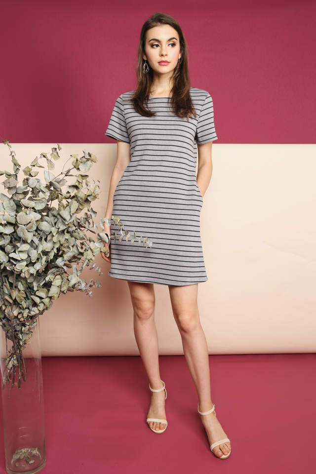 Nadia Pocket Casual Dress in Grey (L)