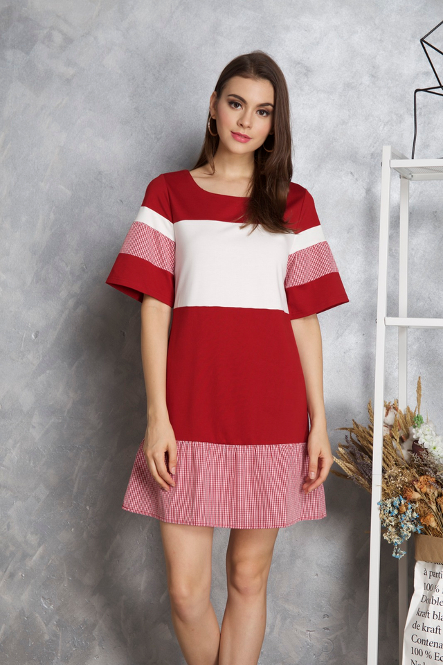 Maia Colourblock Gingham Dress in Red