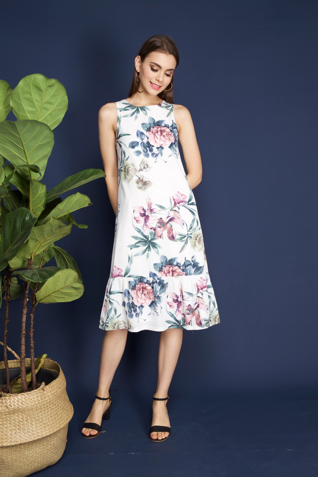 Vena Floral Midi Dress in White 3
