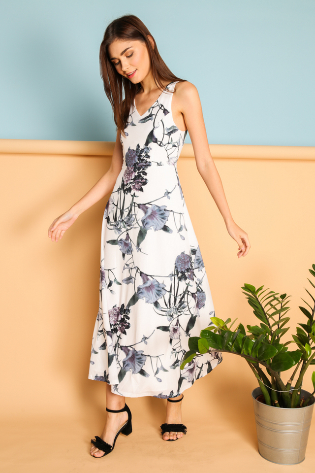 Fulvia Printed Maxi Dress in Morning Glory (L)