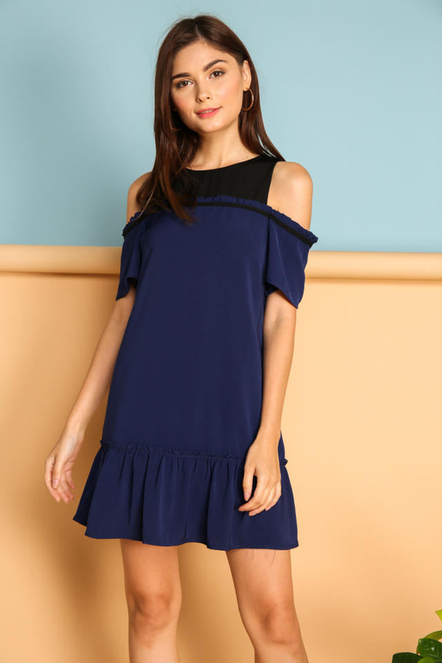Ines Contrast Cold Shoulder Dress in Navy Blue (XS)