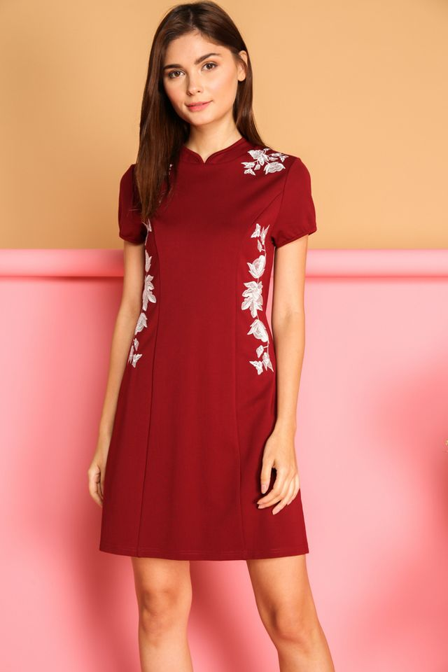 Ceria Oriental Cheongsam Dress in Wine Red (S)