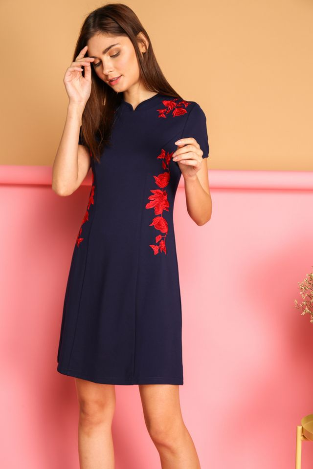 Ceria Oriental Cheongsam Dress in Navy (XS)