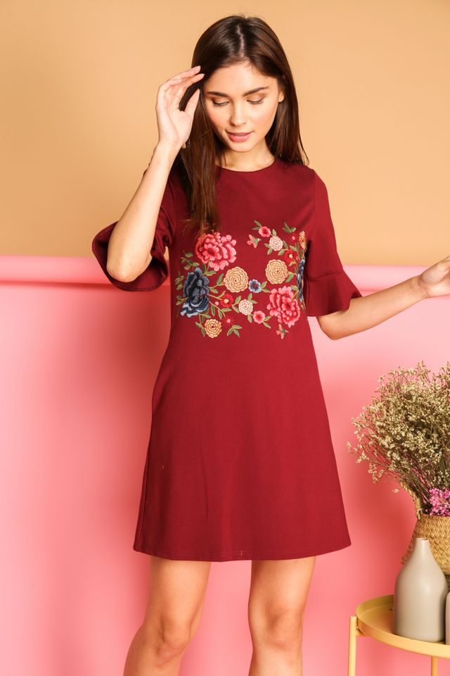 Galenia Garden Bell Sleeve Dress in Maroon