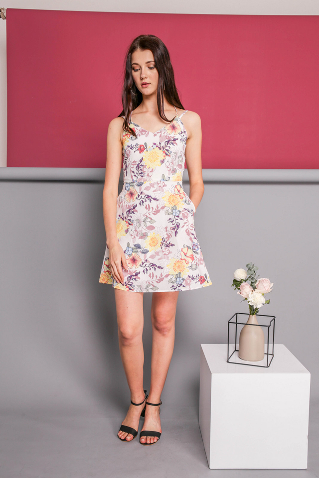 Eveleen Cross Back Floral Dress in White