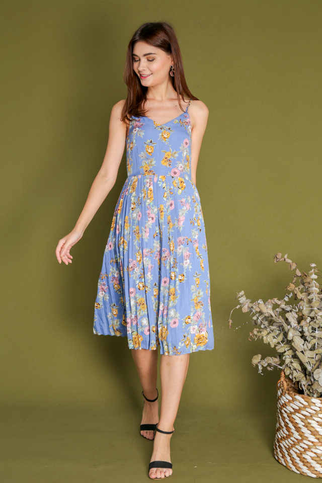Ashleey Midi Pleated Floral Dress in Periwinkle Blue
