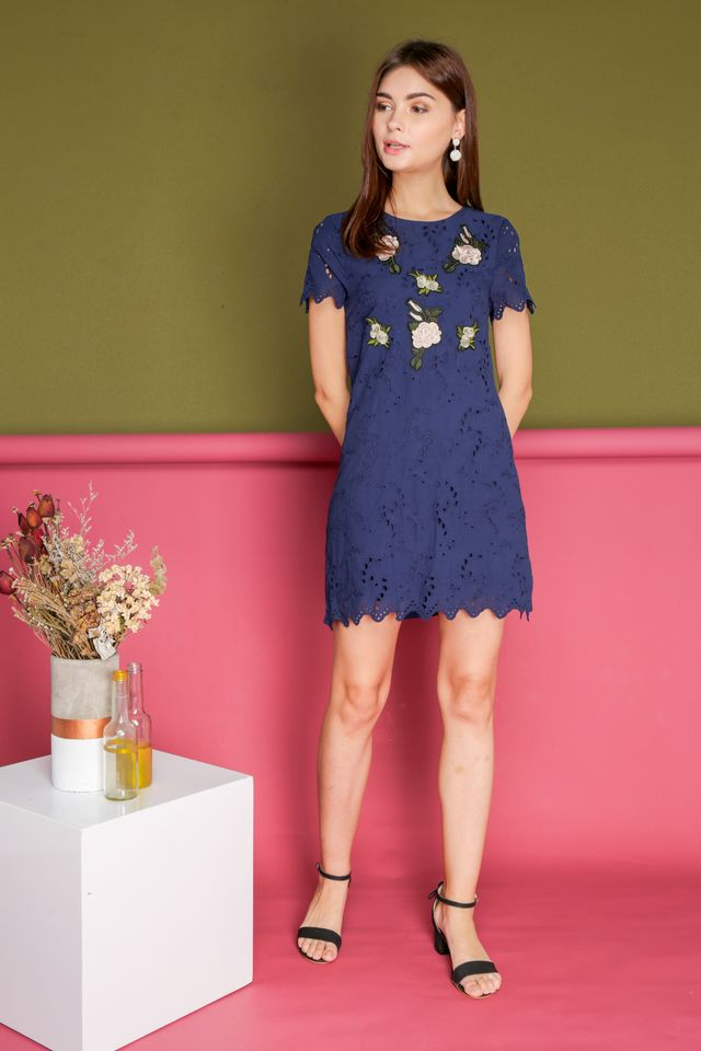 Maxine Eyelet Rose Embroidery Dress in Navy (S)
