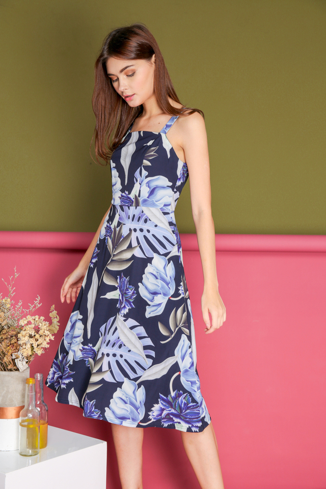 Linette Foliage Midi Dress in Navy