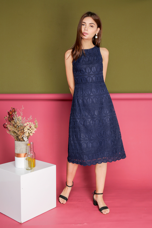 Gillian Organza Midi Dress in Navy