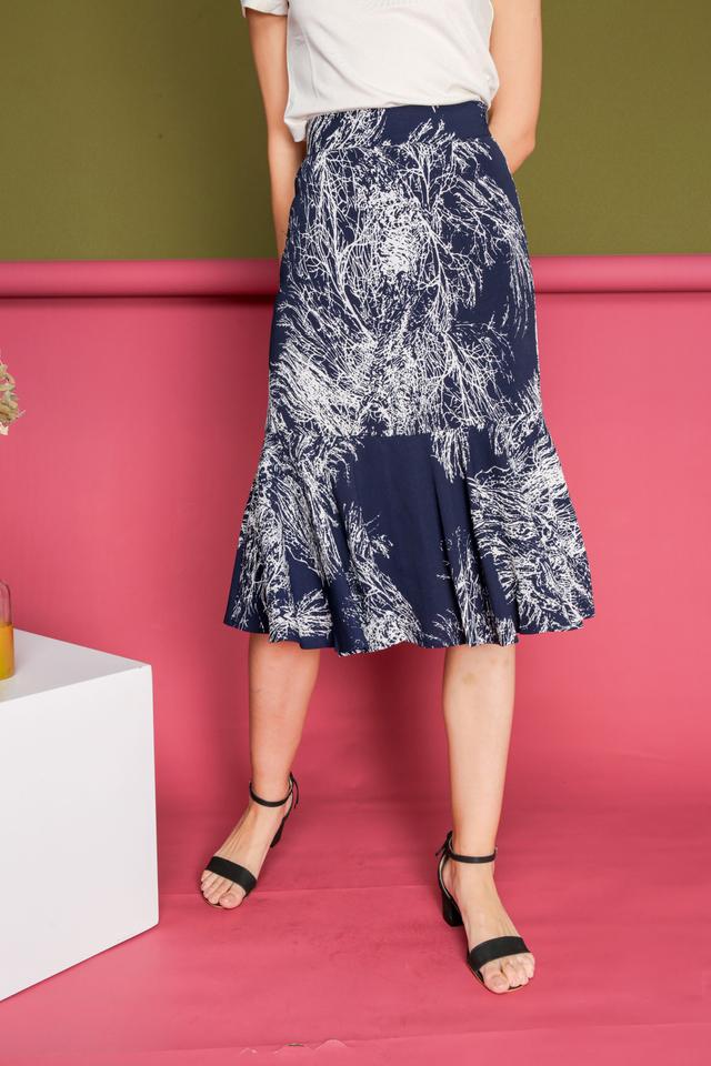 Gemma Vines High Waist Midi Skirt in Navy