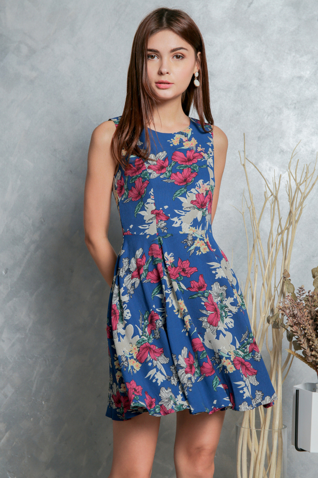 Morgan Floral Flounce Dress in Blue