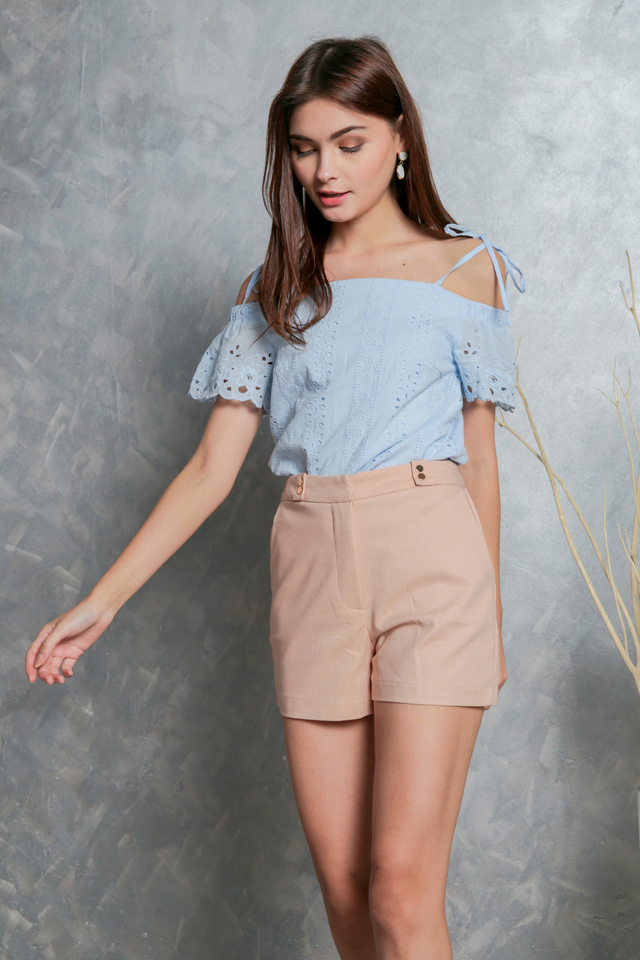 Rowena Tie Ribbon Eyelet Top in Powder Blue