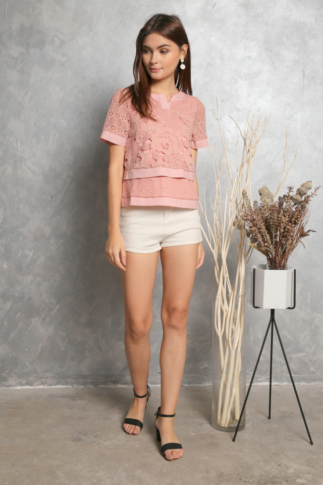 Elda Crochet Tiered Sleeve Top in Pink