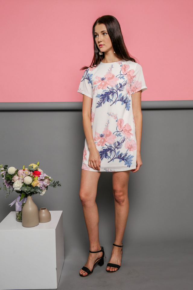 Aria Shift Dress in Pink